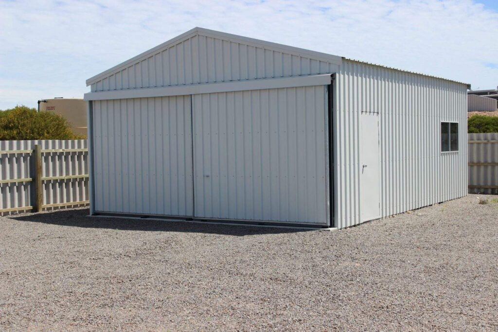 Boat Shed Useless Loop pic1